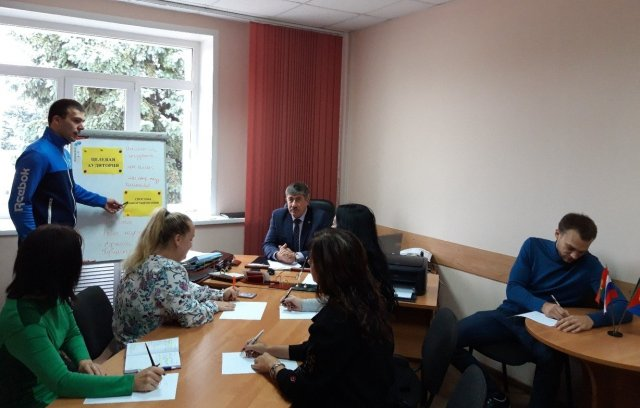"""В Грязинском районе состоялось заседание муниципальной рабочей группы проекта """"Здоровый регион"""""""